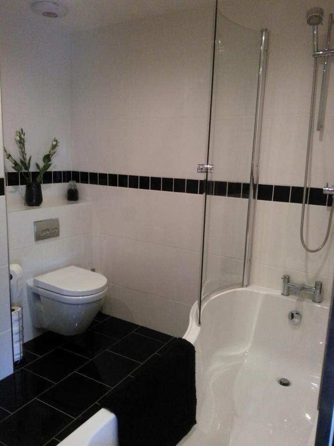 VItra bathroom suite white
